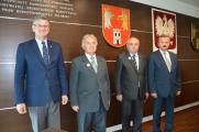 Złote odznaki za zasługi dla województwa